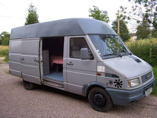 le camping car passe partout iveco daily. Black Bedroom Furniture Sets. Home Design Ideas