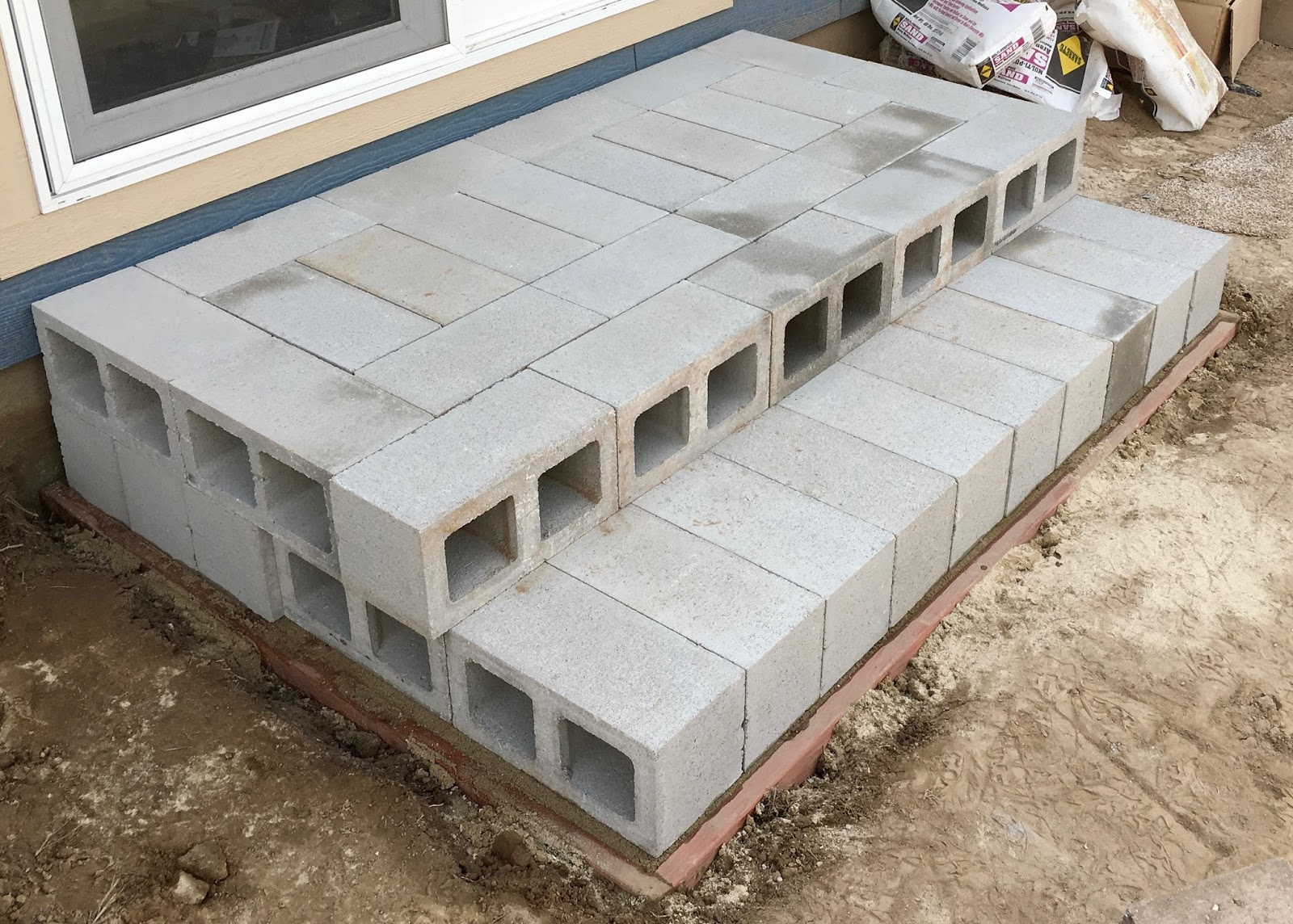 Building With Cinder Blocks : Syonyk s project building temporary stairs with