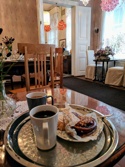 Coffee and a bun at Kenkävero at Mikkeli on a road trip pitstop in Eastern Finland