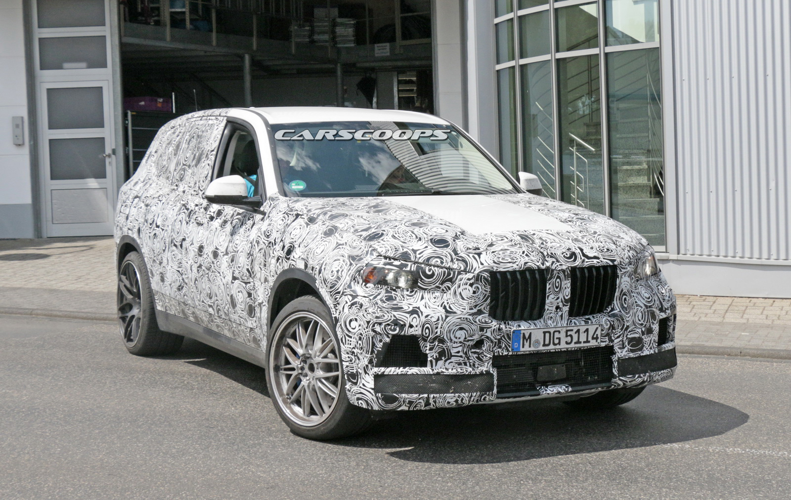 BMW-X5M-3