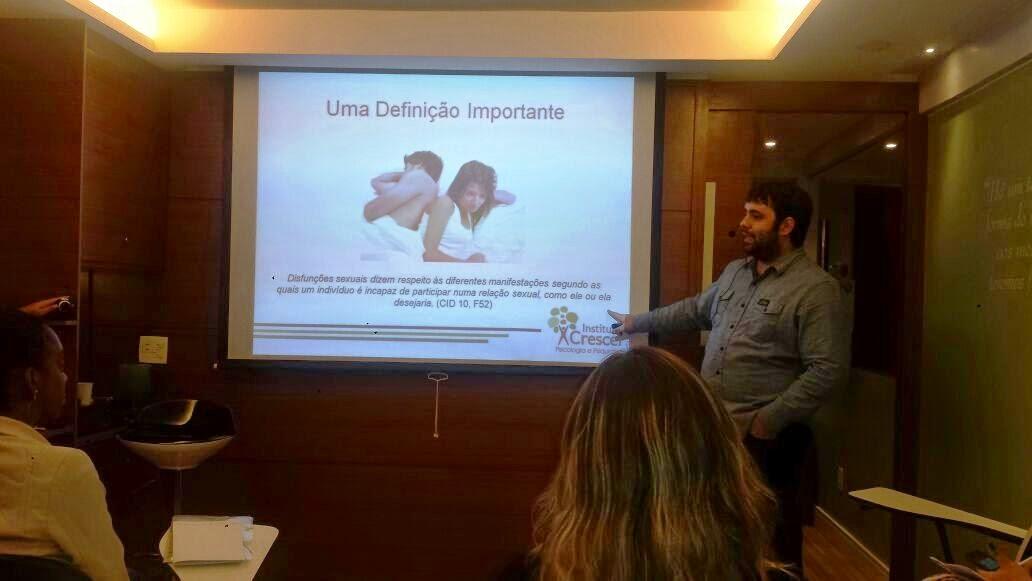 Esequias Caetano ministra curso sobre Disfunções Sexuais na Atitude Cursos de Brasília 11