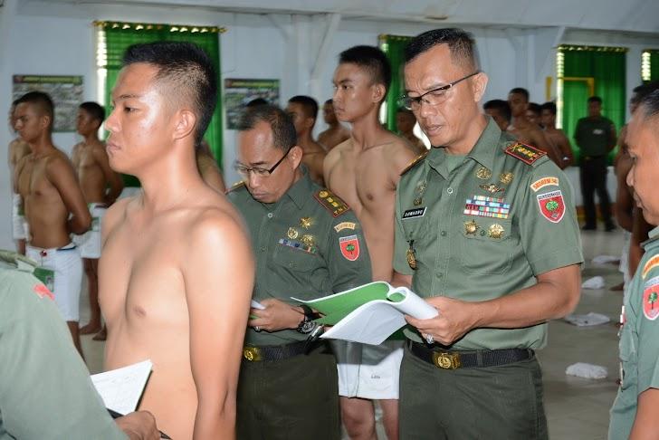 Danrem 141/Tp, Pimpin Sidang Parade Kelolosan  Calon Tamtama PK TNI AD Gel. I Ta. 2019
