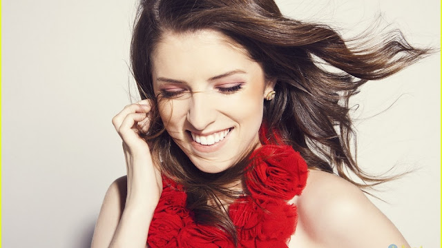Anna Kendrick HD Wallpapers Free Download