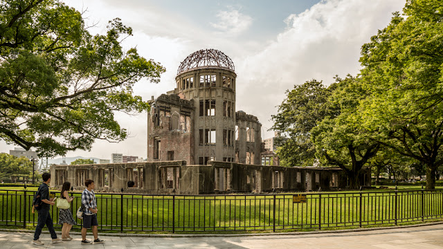 Monumento de la Paz de Hiroshima :: Canon EOS5D MkIII | ISO 100 | Canon 24-105@24mm | f/9.0 | 1/125s