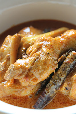 Ayam Masak Lemak Minang a.k.a Ayam Kalio