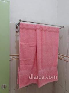 rak handuk siap digunakan (3)