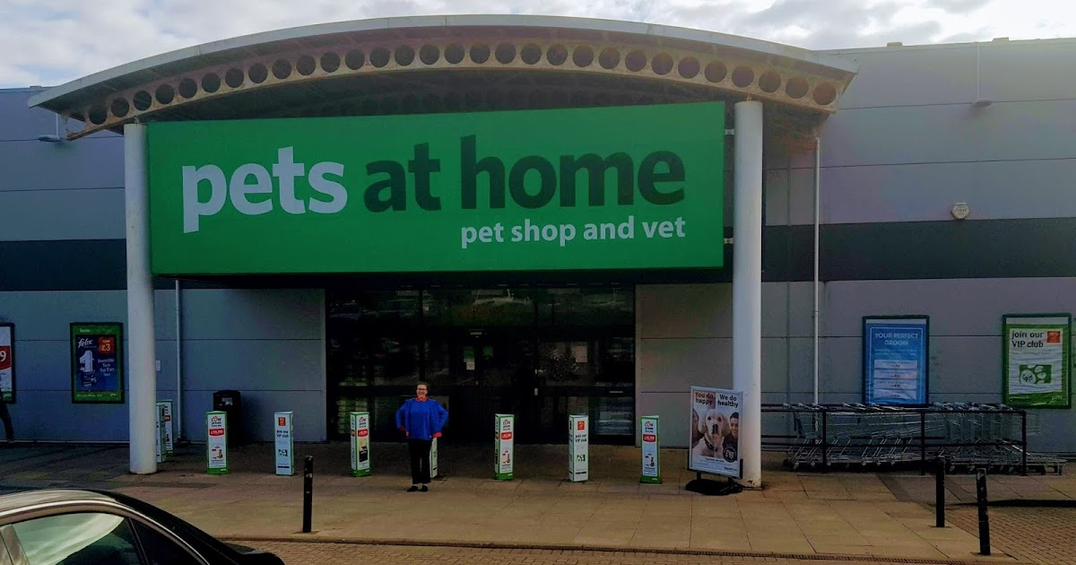 A Rainbows and Brownies Trip to Pets At Home