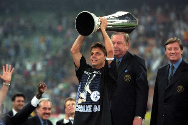 20 Jahre Eurofighter: Mazedonier hütete den Schalker Pokal