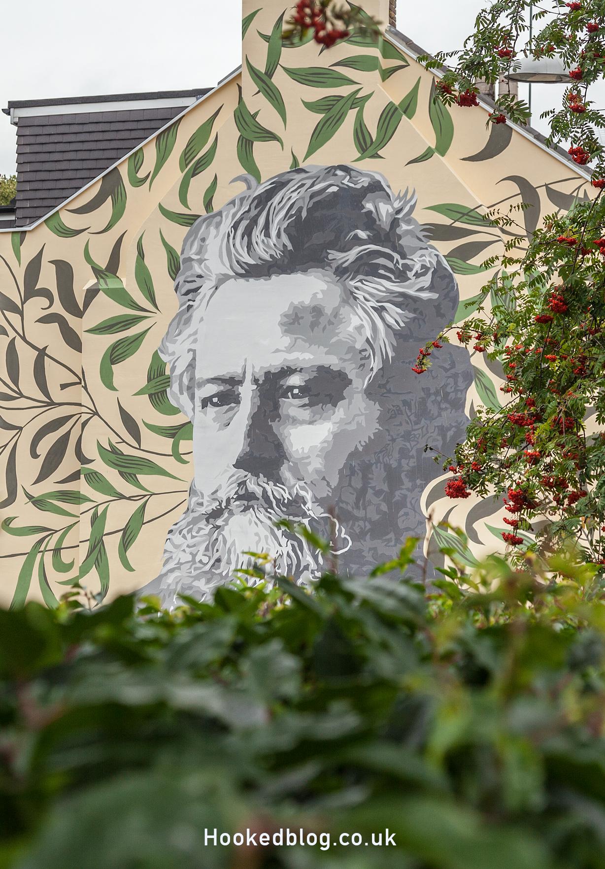 Wonderful William Morris Street Art Mural in Walthamstow, London. #streetart #murals #WilliamMorris