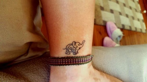 Outro, menor, mandala elefante.