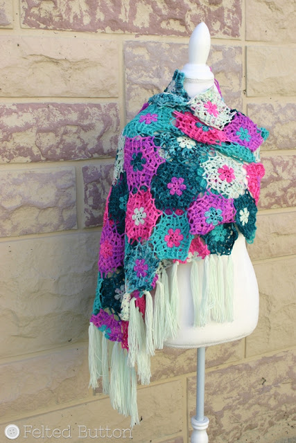 Haarlem Wrap crochet pattern by Susan Carlson of Felted Button