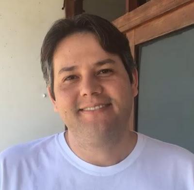 Vereadores entregam pedido de impeachment do prefeito de Patos