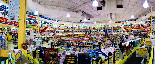 Loja de eletrônicos BrandSmart USA em Miami