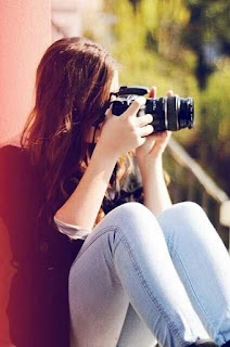 Cool and Stylish Whatsapp DPs for Girls, Profile Pictures for Girls with Camera