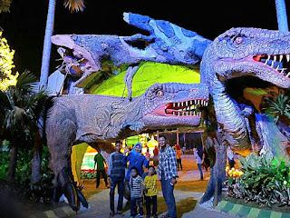 Malang Night Paradise Taman Replika Dinosaurus Hawai Water Park