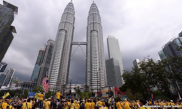 Pengakuan Golongan Tua Berbaju Merah Ditipu Rombongan ke Putrajaya
