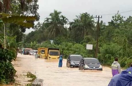 Jalan Sumbar-Riau di Pangkalan Sudah Bisa Dilewati