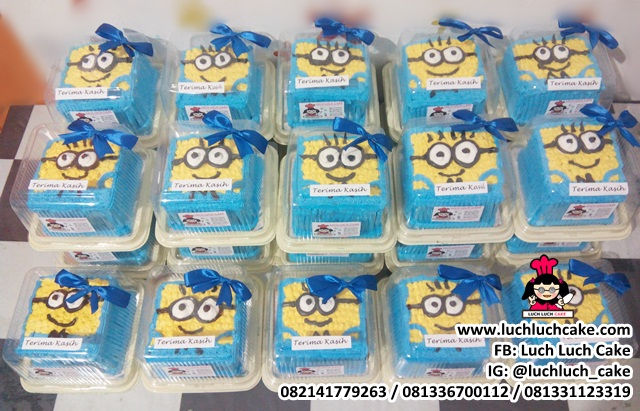 Mini Cake 10cm Hampers Khitanan Tema Minion