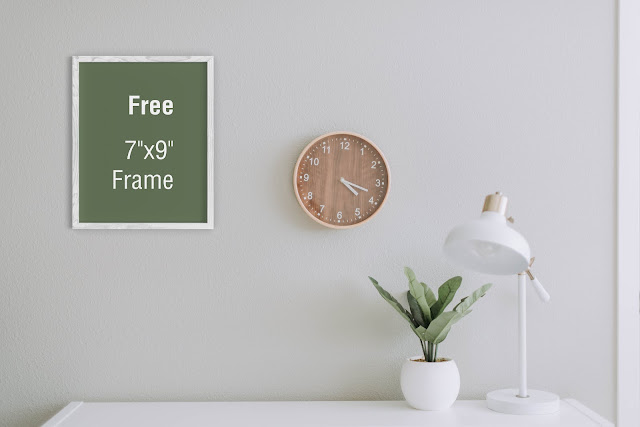 Free download 7x9 Frame Mockup by graphiccrew