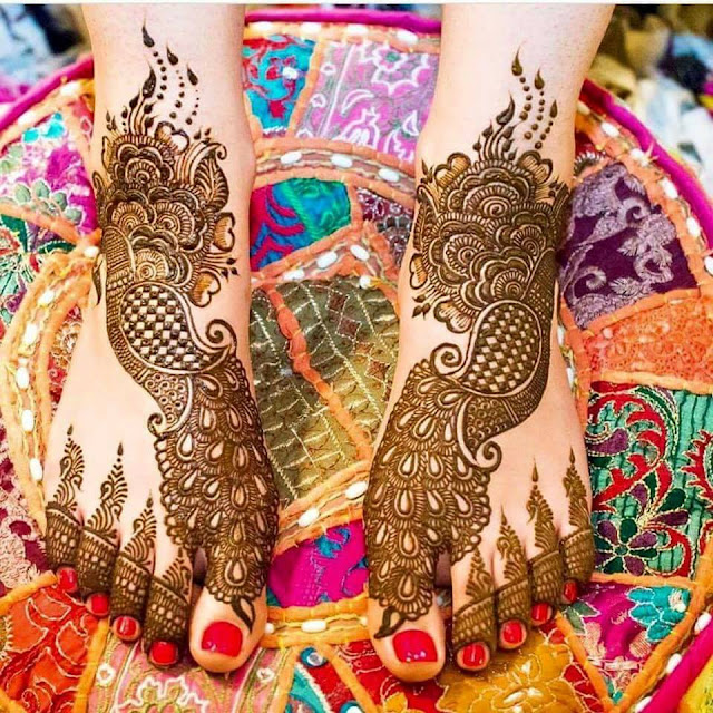 Bridal Mehandi Designs for Legs 9