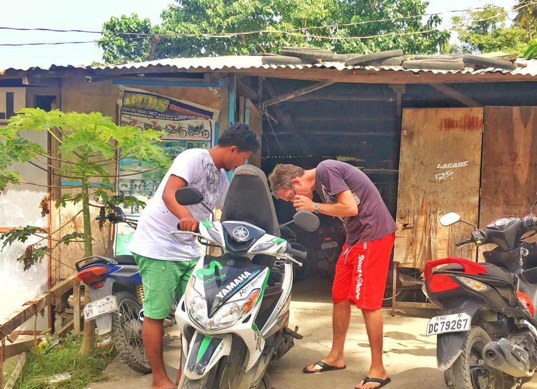 WHERE TO RENT MOTORCYCLE BIKE IN PUERTO GALERA