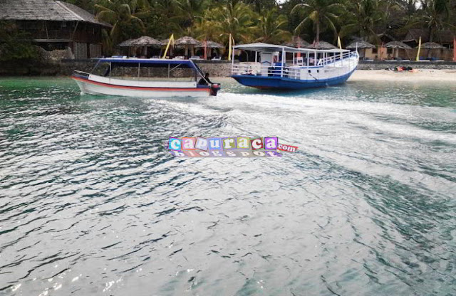 perahu di pantai, mari berlibur ke pantai bareng anak, perahu