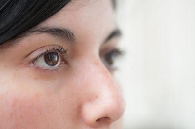 How to Tighten Eye Skin