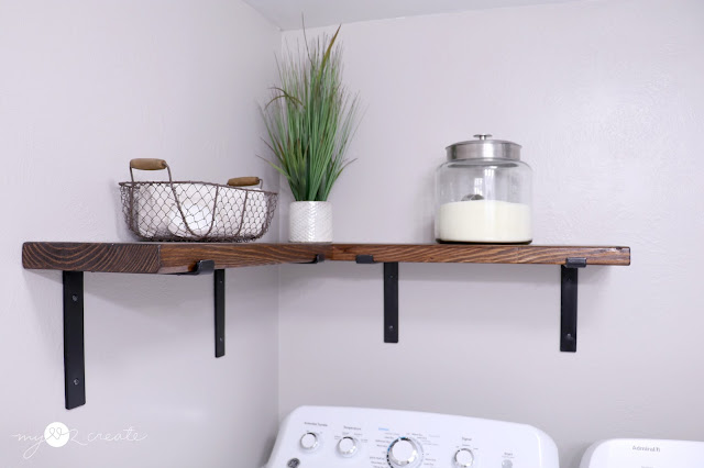 easy shelves with shelf brackets from Crates and Pallet