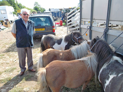 Tom Glossop pictured  at Brigg Horse Fair 2011 - Nigel Fisher's Brigg Blog