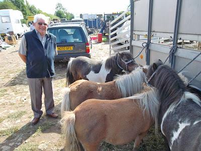 Tom Glossop pictured  at Brigg Horse Fair 2011 - Nigel Fisher's Brigg Blog