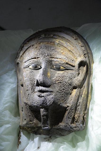 Αίγυπτος: Βρέθηκε επιχρυσωμένη μάσκα μούμιας αρχαιοελληνικής τεχνοτροπίας