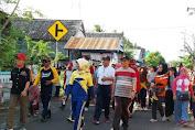 Ratusan Alumni SMP Batangmata Ikuti Gerak Jalan Santai