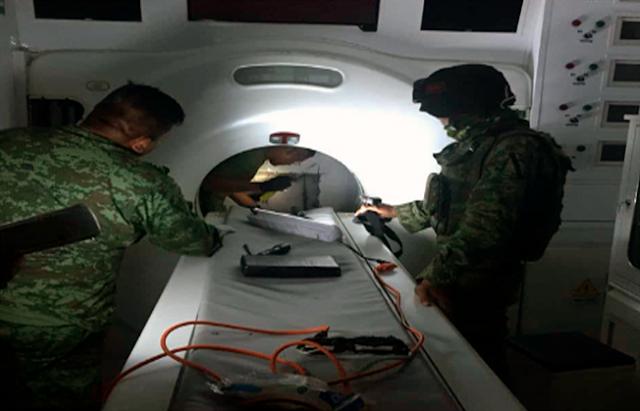 MILITARES INCAUTAN 371 KILOS de COCA en TOMOGRAFO TRASPORTADO en CAMION del IMSS TAMAULIPAS