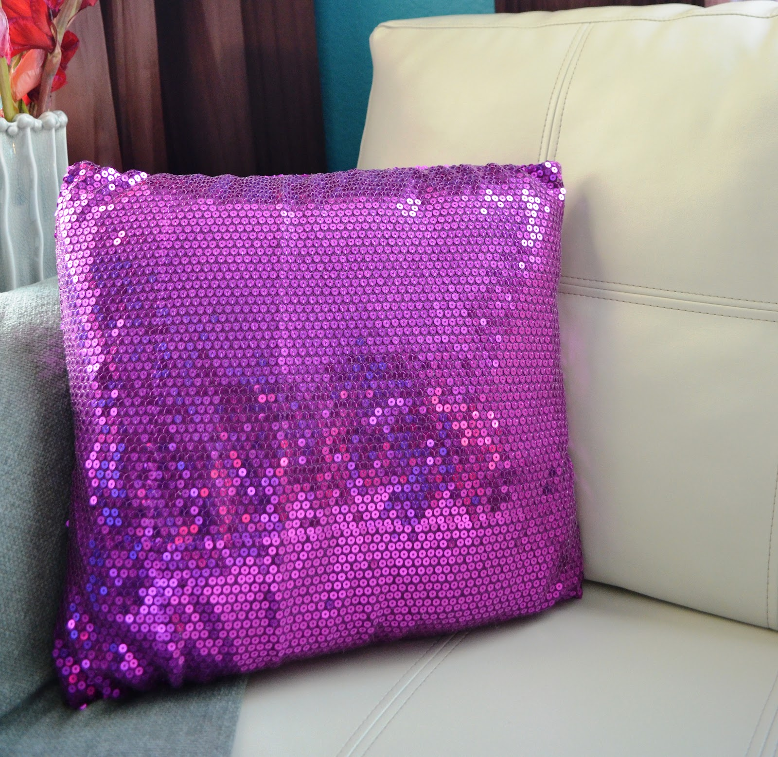 How-To-Make Sequin Throw Pillow