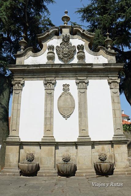 "Fuente de las ""Três Bicas"" Viseu, Portugal"