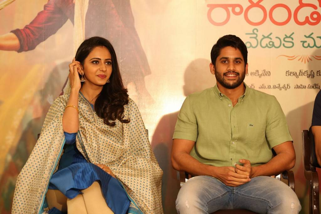 Rarandoi Veduka Chuddam Movie Press Meet Images
