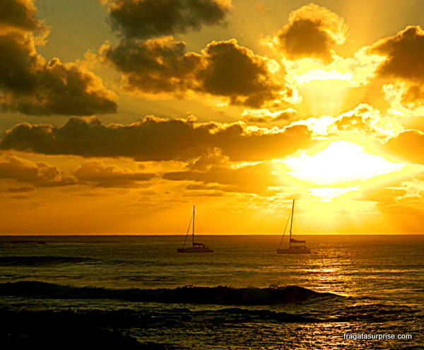 Pôr do sol na Ilha de Páscoa