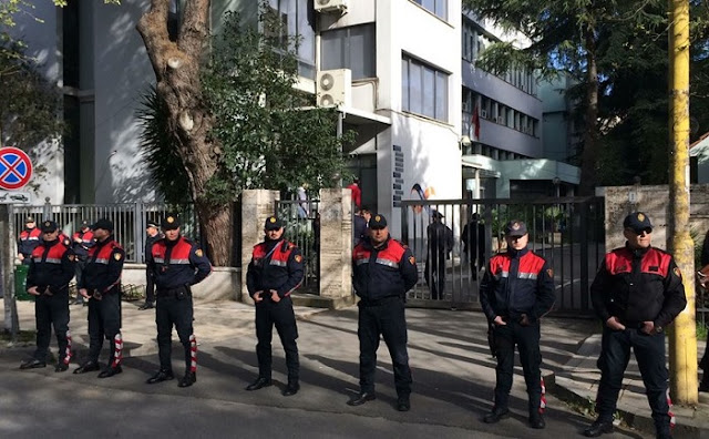 Tirana Court: 11 protesters arrested with imprisonment, 10 submission obligation