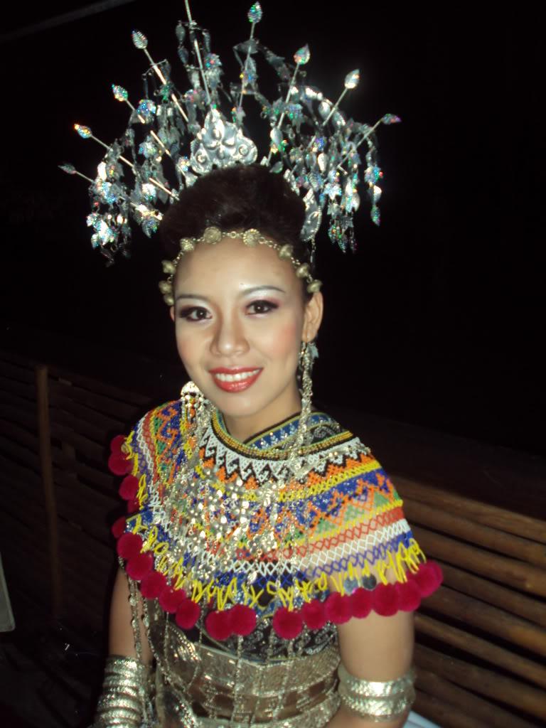 Sarawak Traditional Costume and Handicraft: Iban
