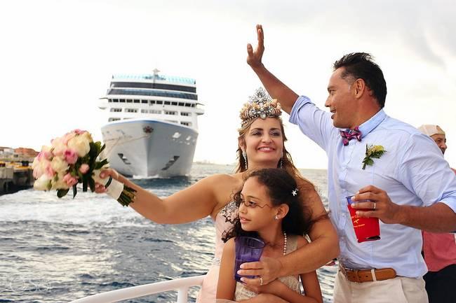 incrivel casamento realizado no mar no caribe 11 - Um casamento no meio do mar. Diferente de tudo que você já viu.