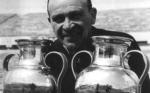 Şampiyonlar Ligini En Çok Kazanan Antrenörler Bela Guttmann - Kurgu Gücü