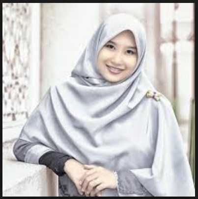 Tips Tampil Cantik Alami Wanita Muslimah