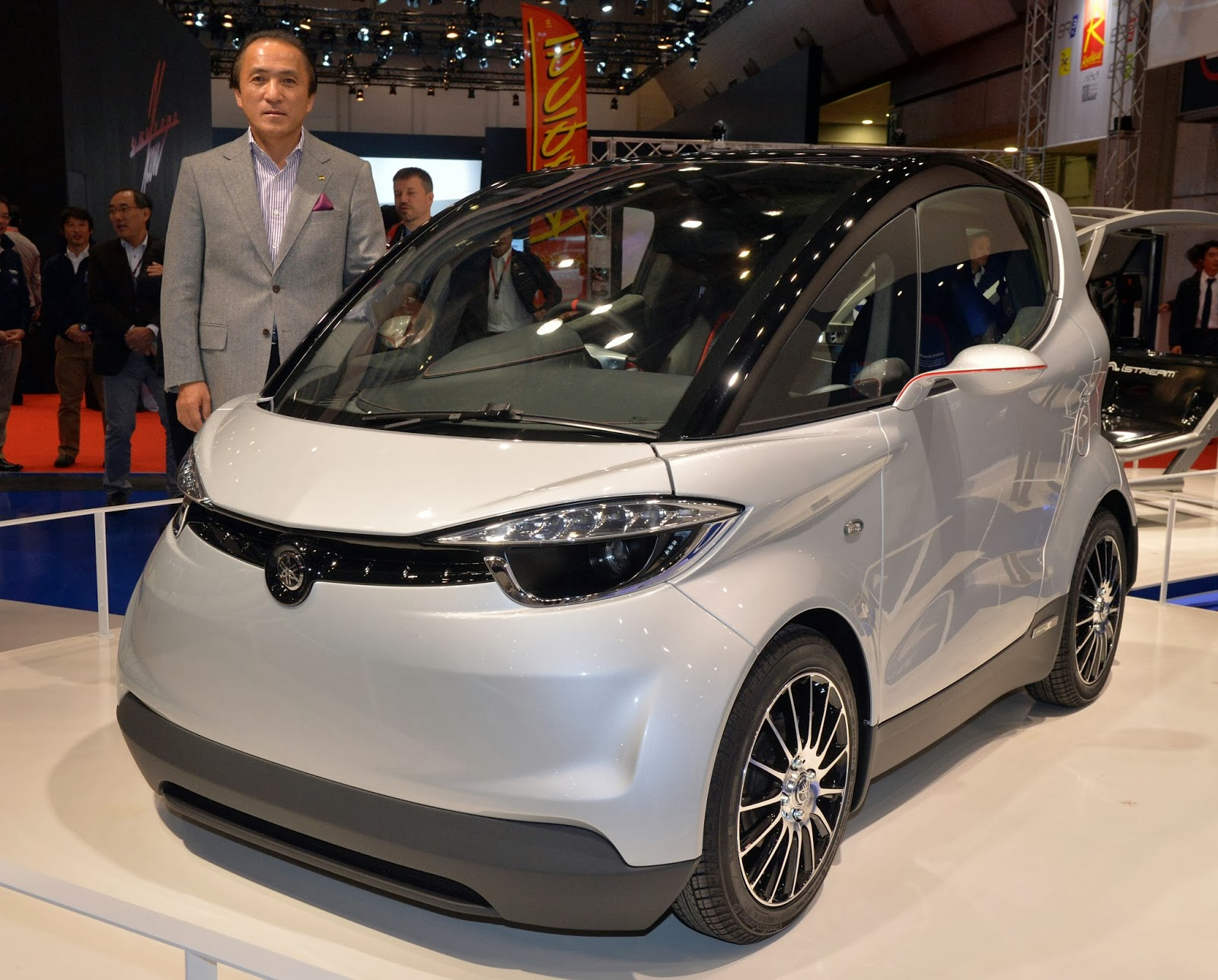 Auto, Auto Industry, Business, Car, Car Show, Company, Designer, Economy, Ferrari, Honda, Japan, Mercedes Benz, Model, Motor Show, Technology, Tokyo, Tokyo Motor Show, Vehicle,
