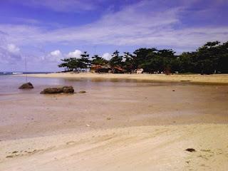 Pantai Putih dan Bersih