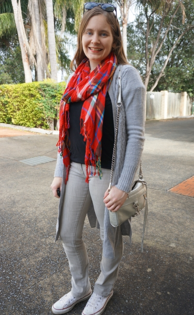 wearing a red tartan scarf in winter with black and grey neutral jeans and Converse outfit | AwayFromBlue