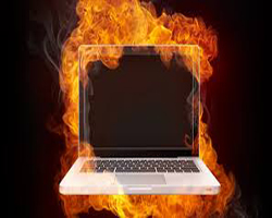 notebook pegando fogo
