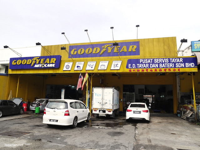 Got my new tyres fixed at my neighbourhood Goodyear tyre workshop