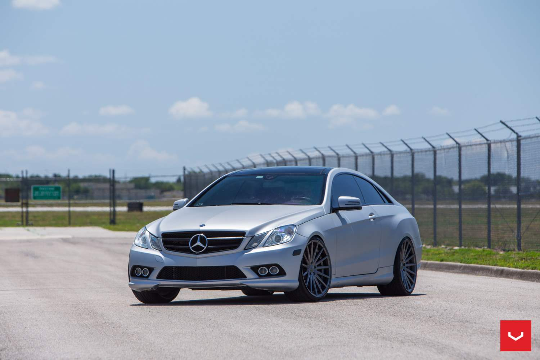 Mercedes benz e class on vfs2 vossen series wheels for E series mercedes benz