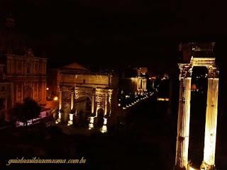vista noturna acropole roma guia brasileira - A acrópole de Roma: Capitólio