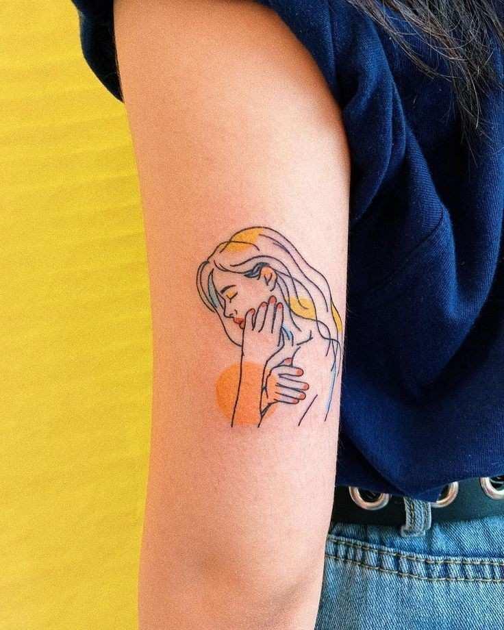 Imagen de Tatuaje lineal para una modelo